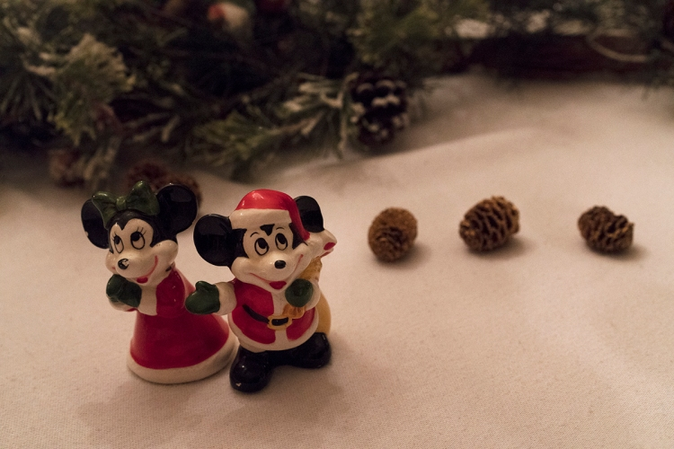 christmasmickeyandminnie