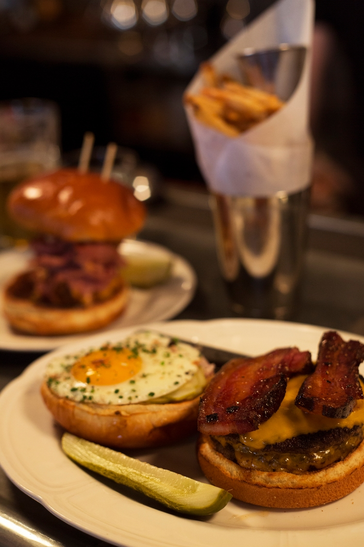 Au Cheval Burgers Chicago